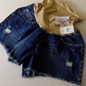 NWT Jessica Simpson Denim Maternity shorts